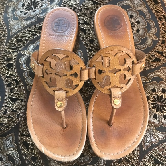 e21dd664e Tory Burch Miller tan pebbled leather sandal 7.5. M 5ad4f39e31a37673a0ec5f8d